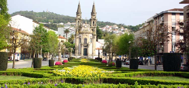 Resultado de imagen de Nossa Senhora da Consolação Guimarães iglesia