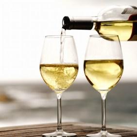 Wein vom PHOENIX See | Bildrechte: Interboden Innovative Lebenswelten GmbH & Co. KG