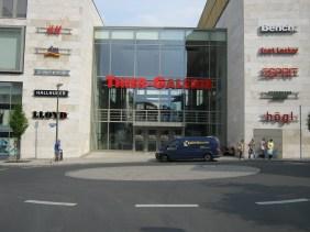 Eingang an der Martinstraße | Bildrechte: nickneuwald