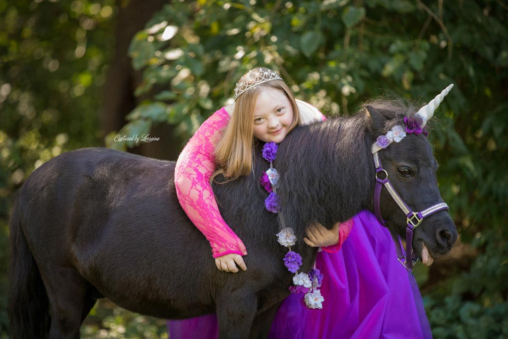 down-syndrome-Princess-Photos-Illinois-6-1024×683