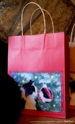 Sophie Gets a Look at Herself Gift Bag in red