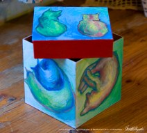 Cats After van Gogh Keepsake Cube, top removed.
