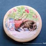 """Stanley With Geraniums 2"""" Round Magnet"""