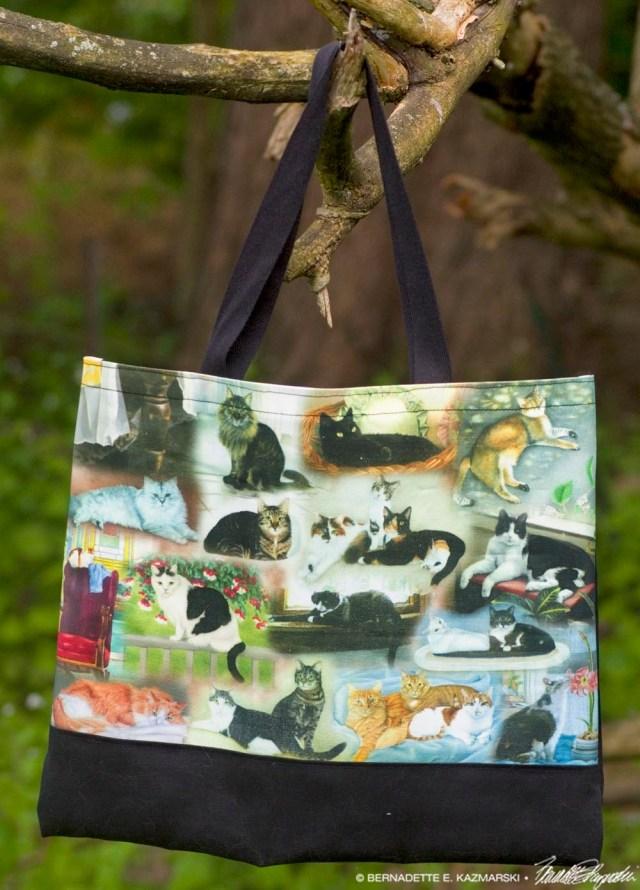 22 Cats tote bag