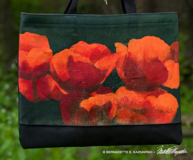 Poppies tote bag detail