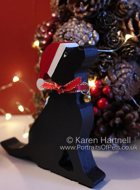 Christmas Black Labrador, showing gold option