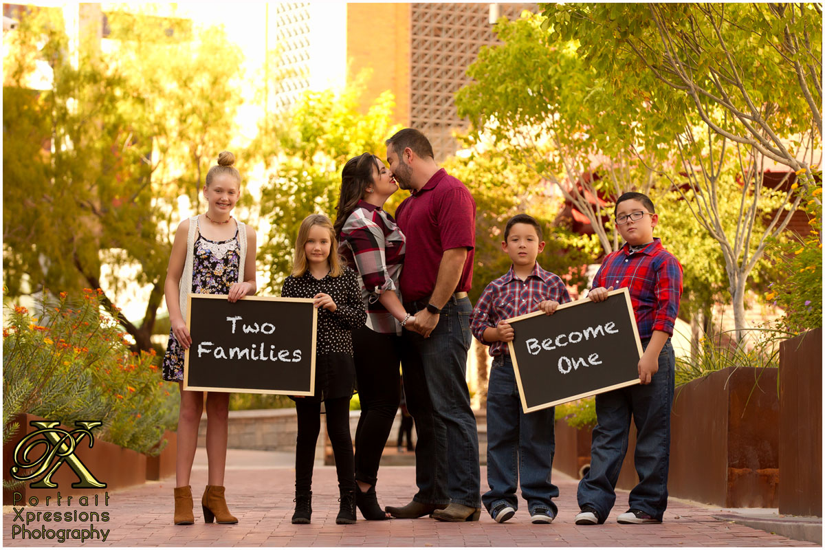 Family portraits wit chalkboard