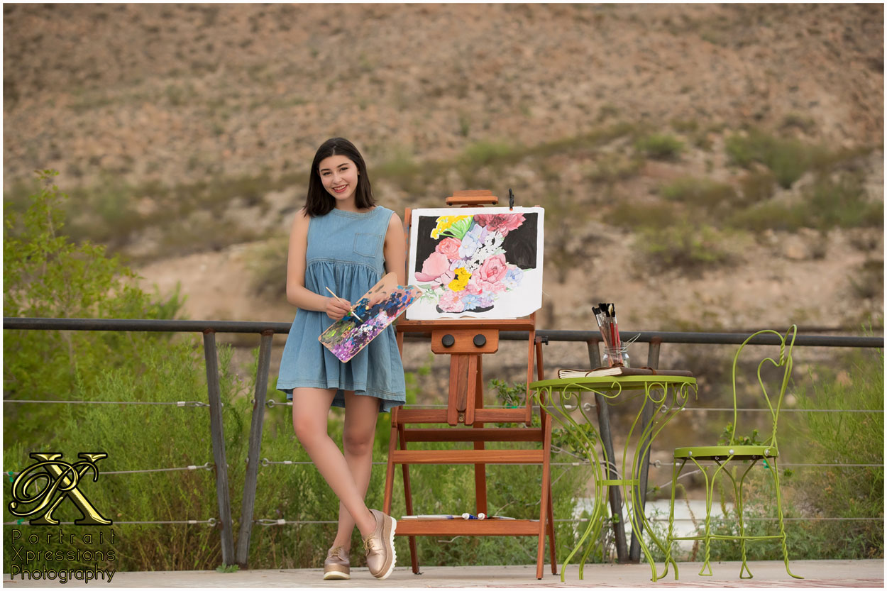 artistic senior portraits in El Paso