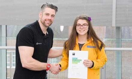 Kingston University student Sophie Kamlish sets new world record and wins gold medal at the World Para Athletics Championships