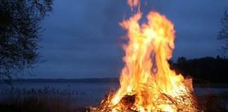 ognisko ogien