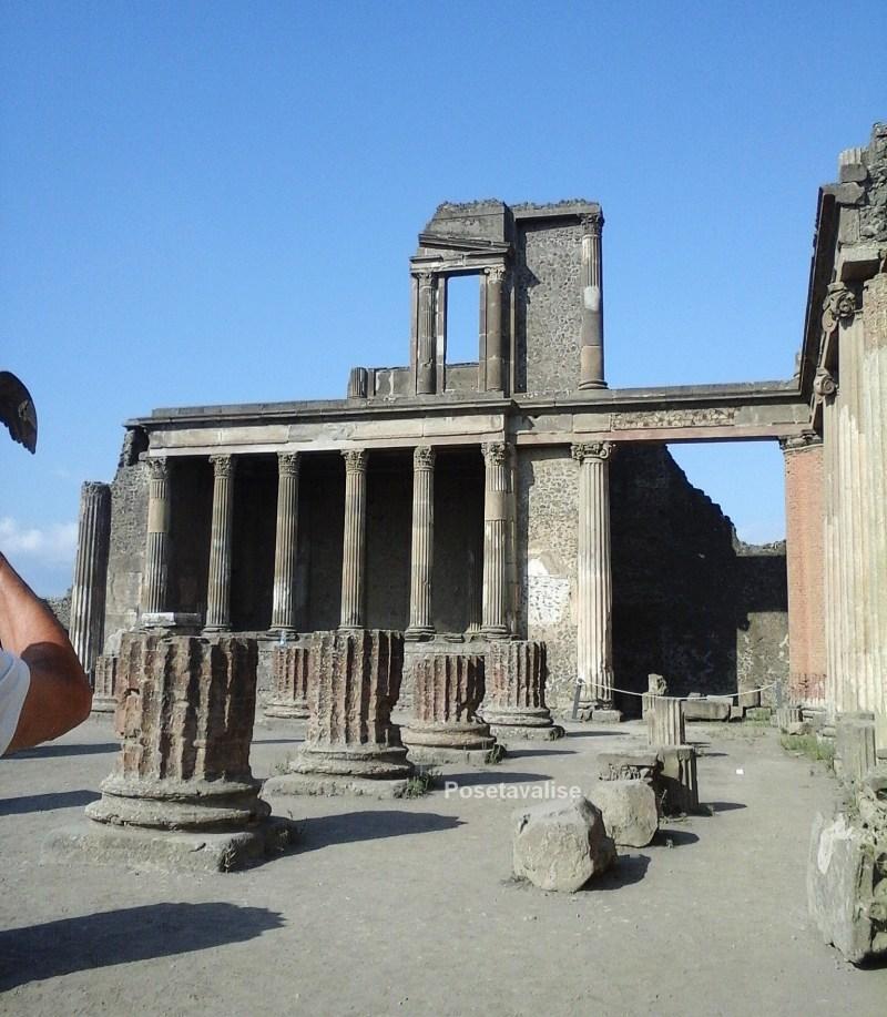 Basilique forum Pompéi
