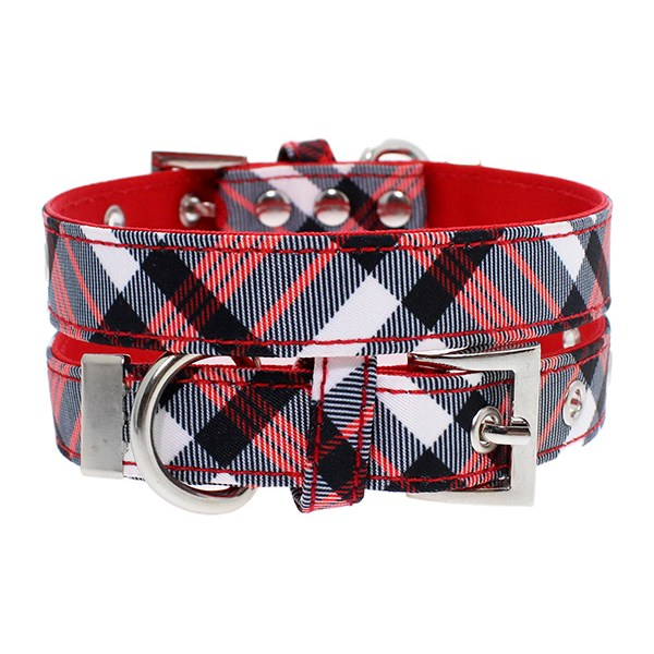 red-white-plaid-collar