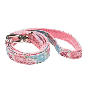 vintage-rose-dog-lead