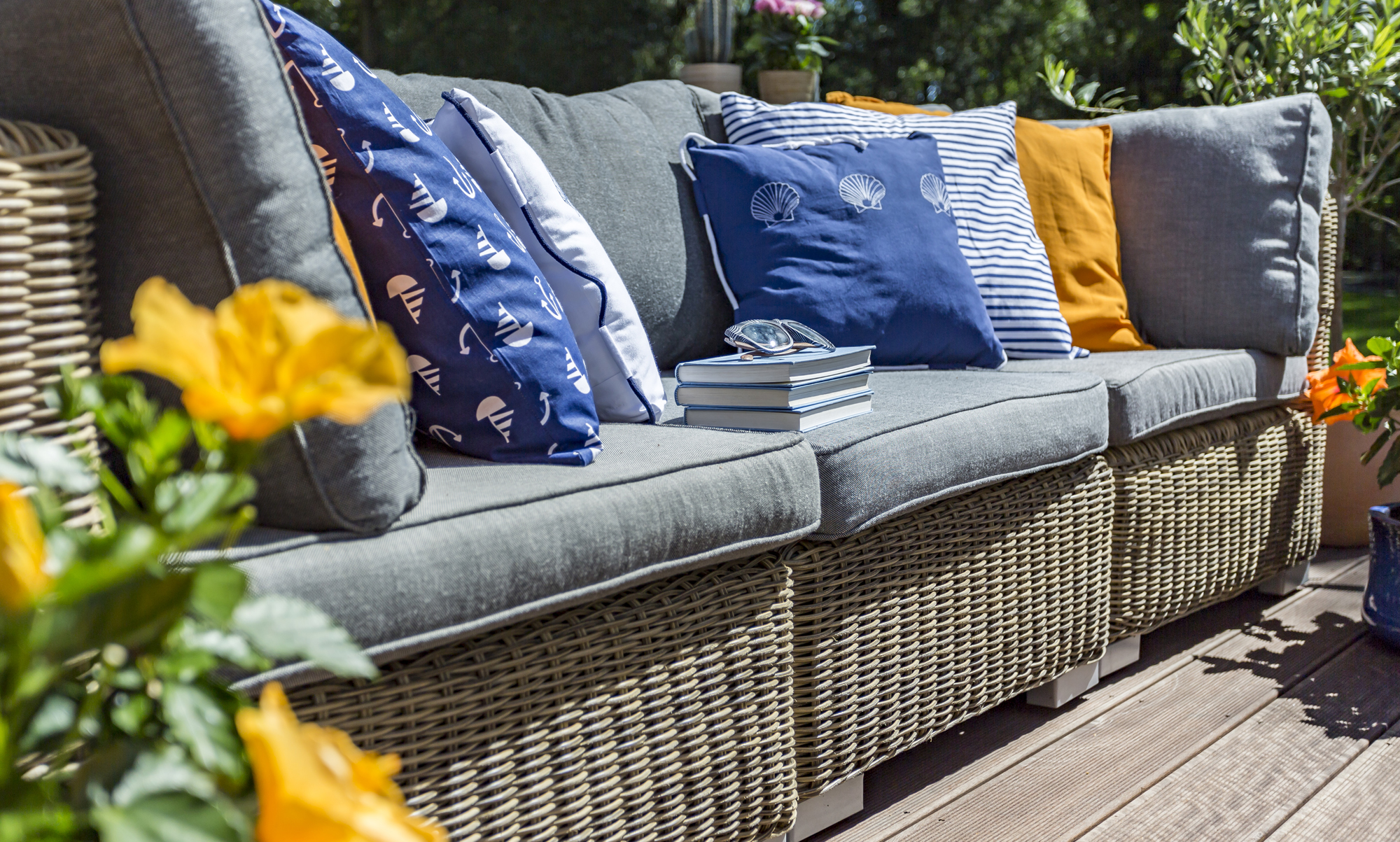 re upholster your ugly outdoor cushions