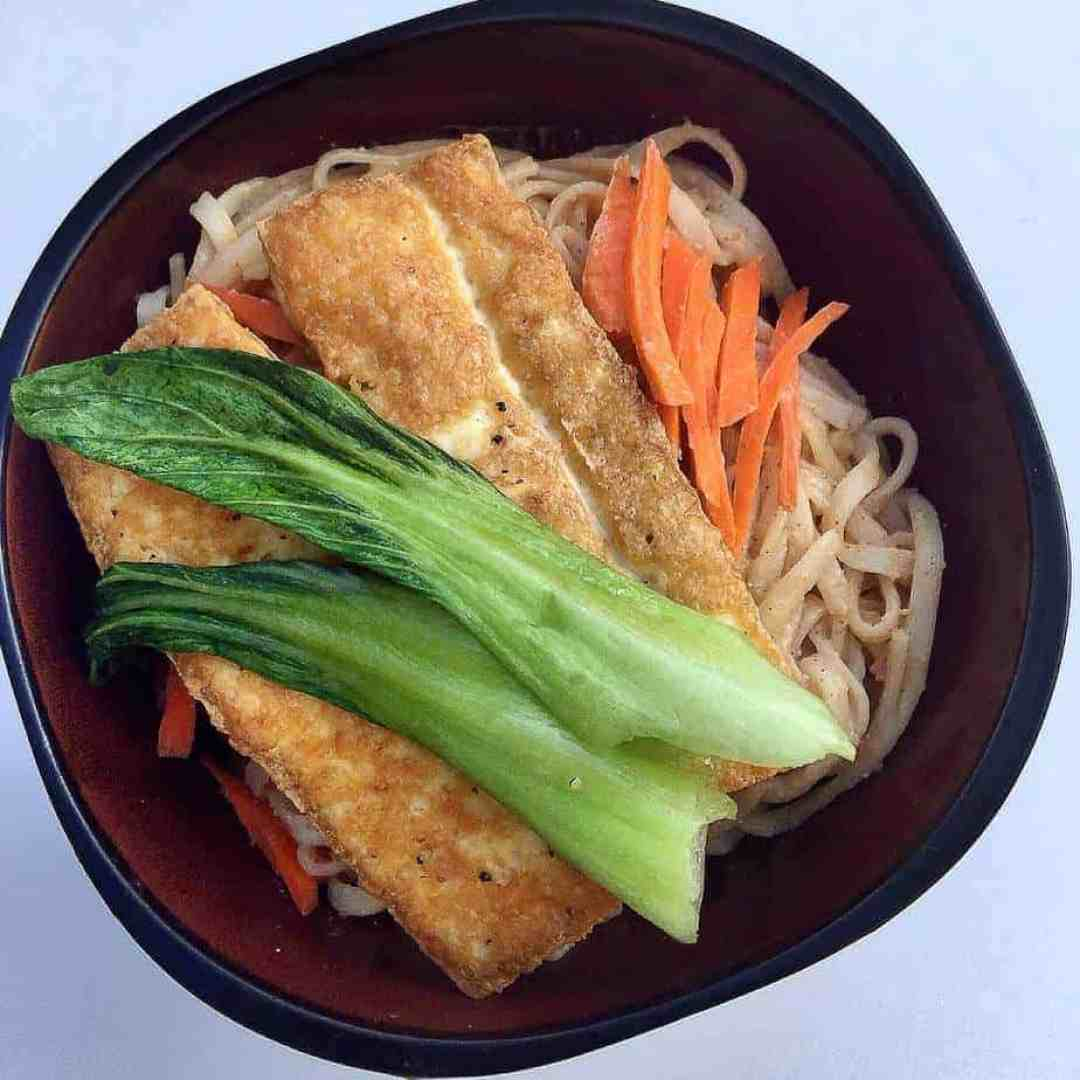 Soba Noodle with Peanut Sauce and Tofu