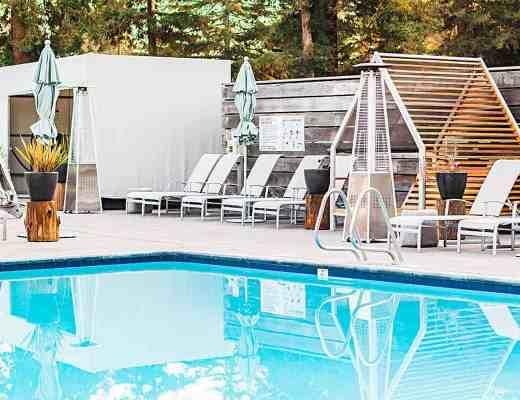 hotel paradox pool