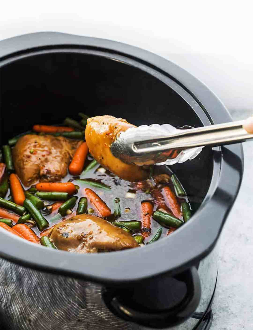 slow cooker chicken with Thai Sweet Chili Sauce and Soy Sauce