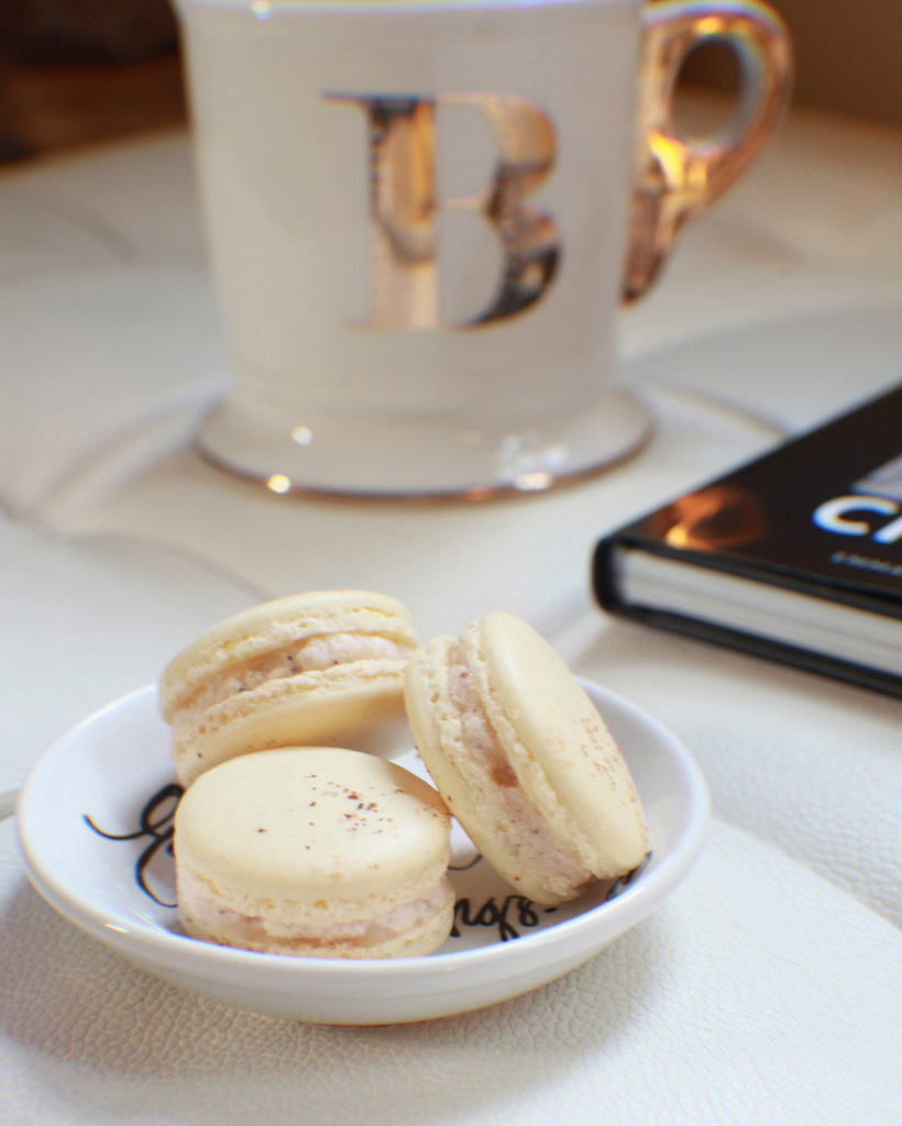 Eggnog French Macarons | Posh Little Designs