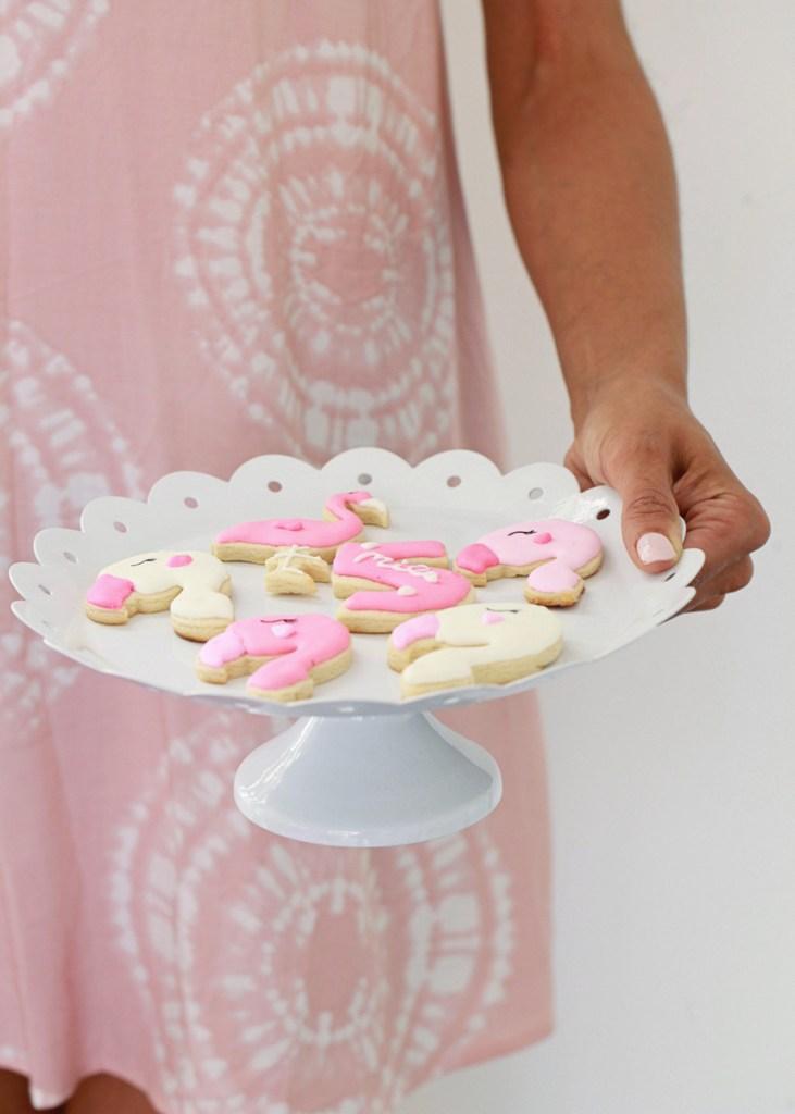 flamingo emoji cookies