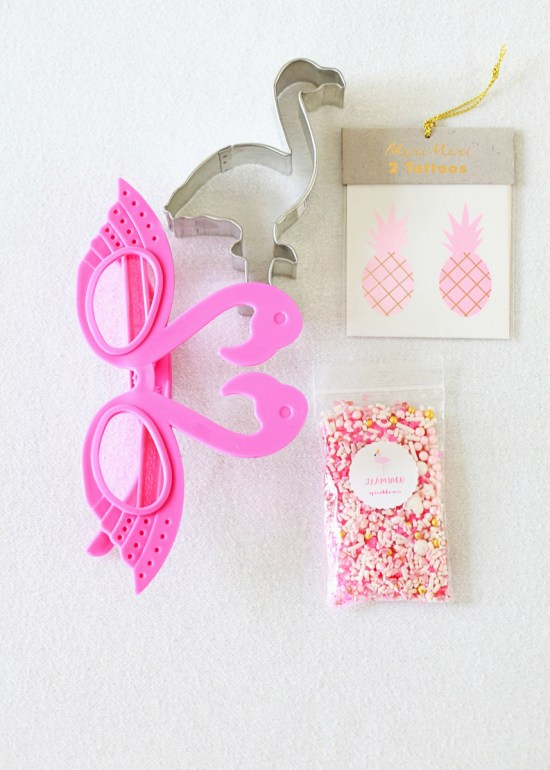flamingo party favors, sprinkles