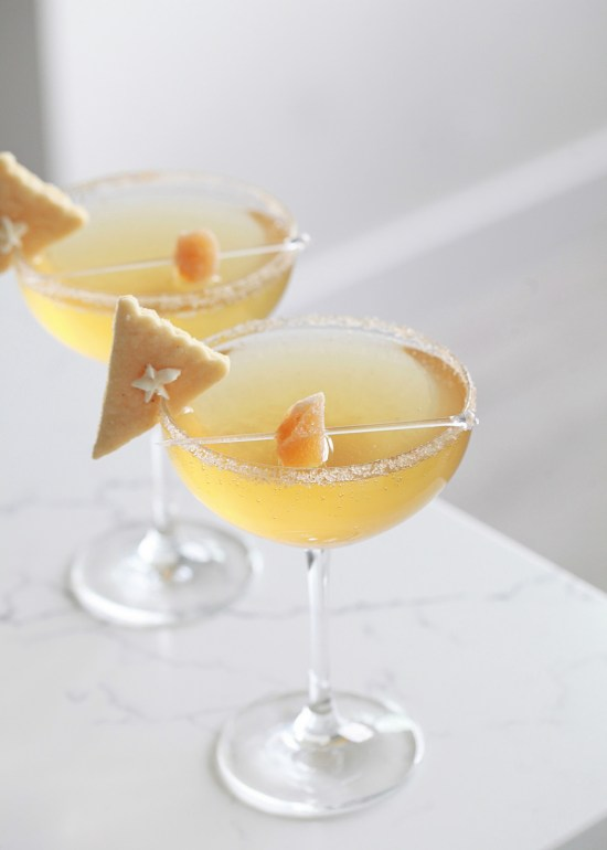 Pumpkin spice cocktail, champagne, pie, thanksgiving, fall
