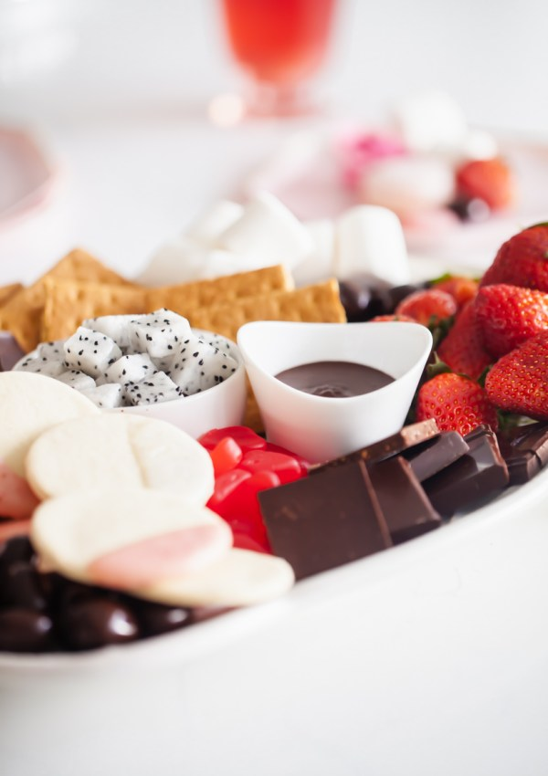 How to make a Valentine's Dessert Board