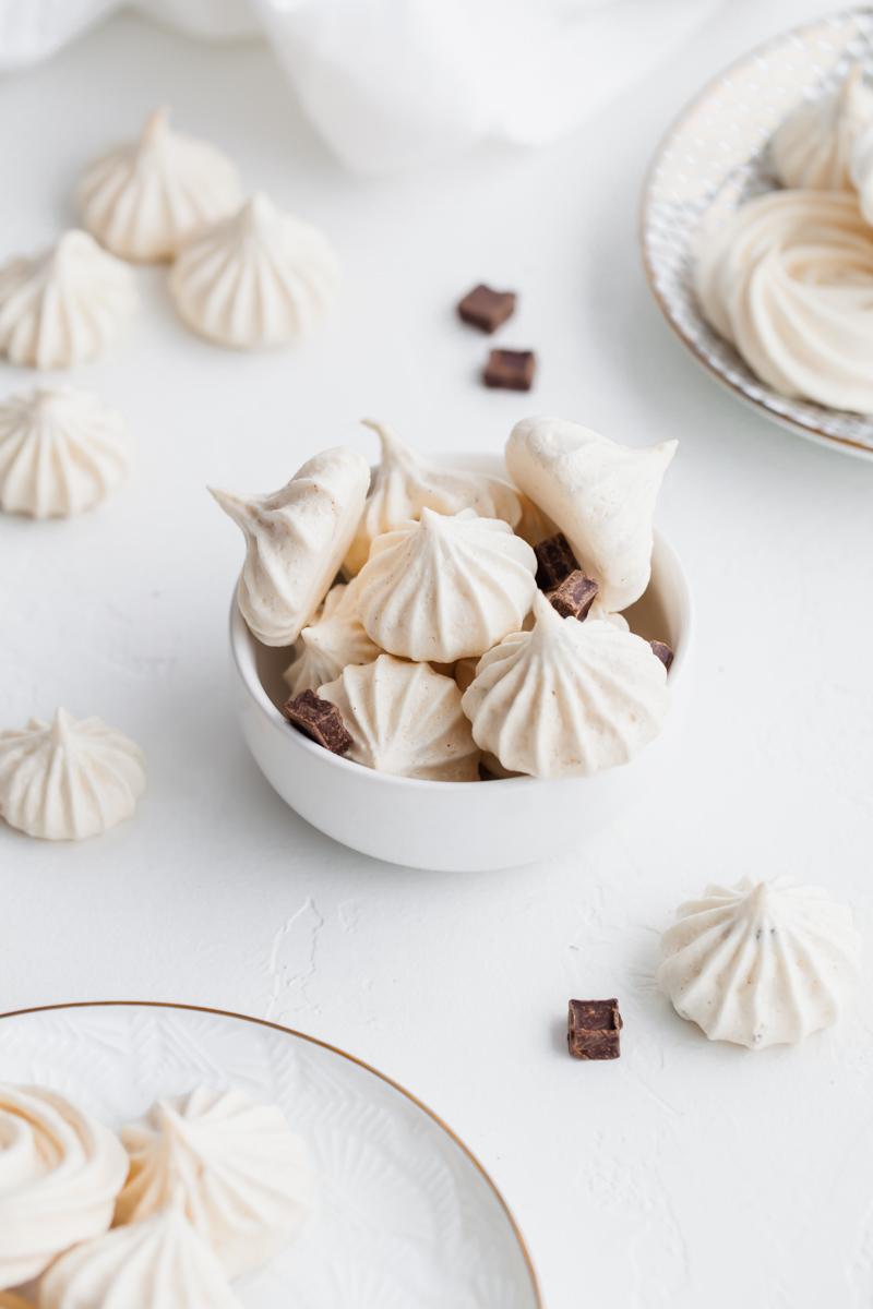 Easy Mint Chocolate Meringues