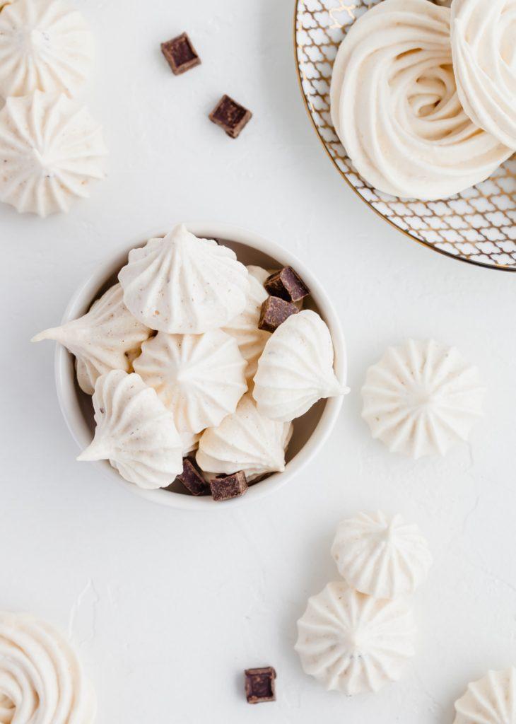 mint-chocolate-merinuges-cookies-meringue-recipes-gluten-free-dairy-free-chocolate
