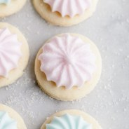 Gluten_free_baking_recipes_sugar_cookies_cotton_candy_holiday