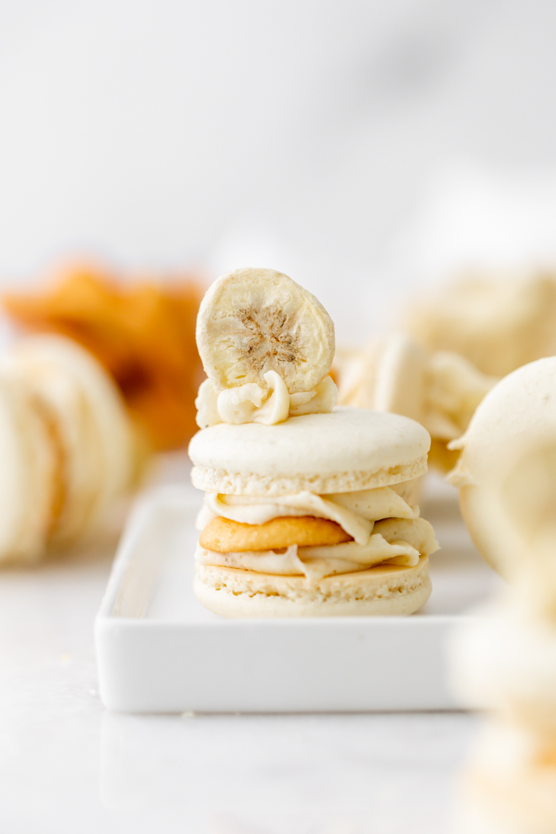 a new recipe for banana pudding French macarons, inspired by the classic southern dessert