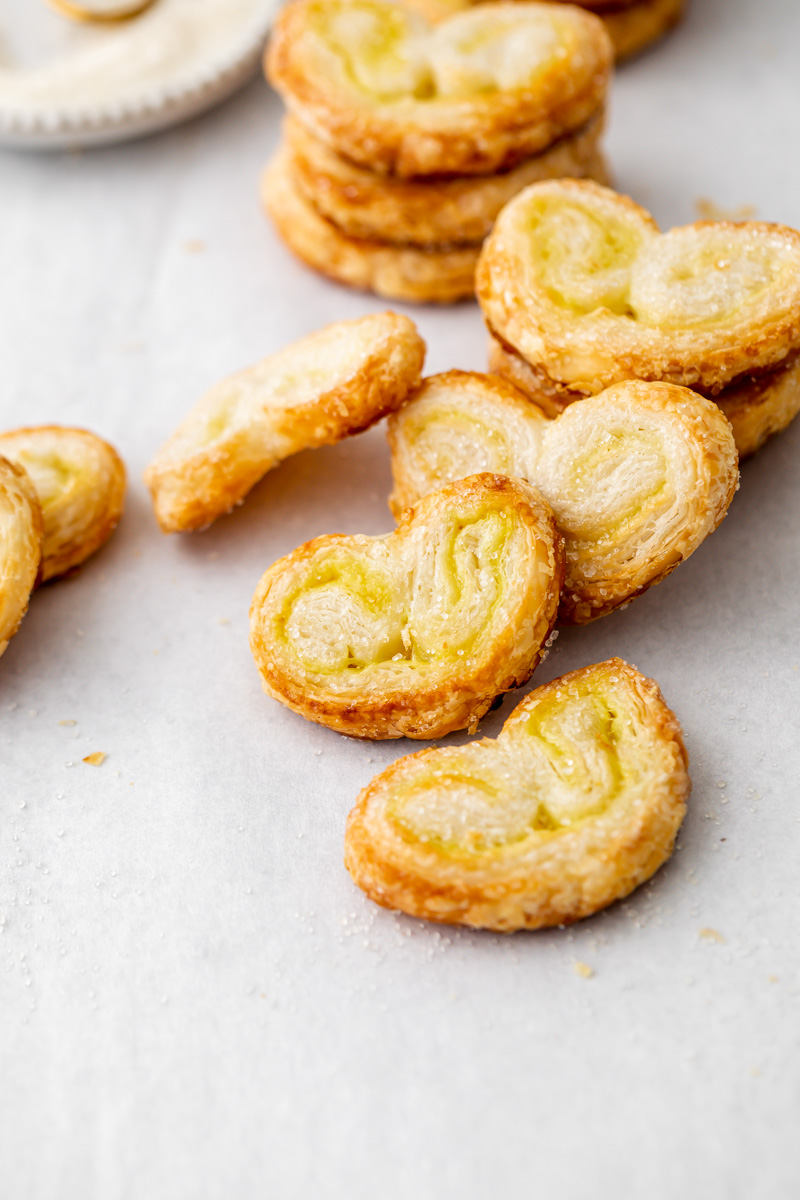 How to make French palmiers. Puff pastry and passion fruit filling. Vegan