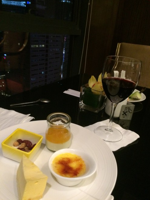 Executive Lounge with free flow wine and dessert at Grand Mercure Shanghai