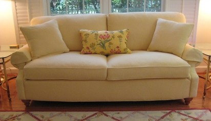 studio-sofa-in-yellow-mattelasse
