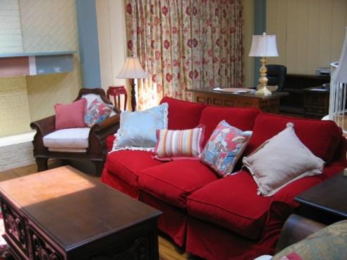 Red Velvet Country House Sofa