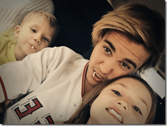 Justin Bieber with Sisy and Bro