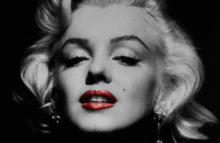Marilyn Monroe Will Always Be A Classy Hollywood Icon!