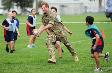 Prince Harry visits New Zealand and plays rugby with kids