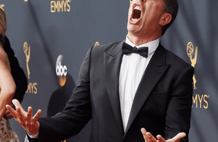 Jerry Seinfeld arrives at the 2016 Emmys & his short interview!