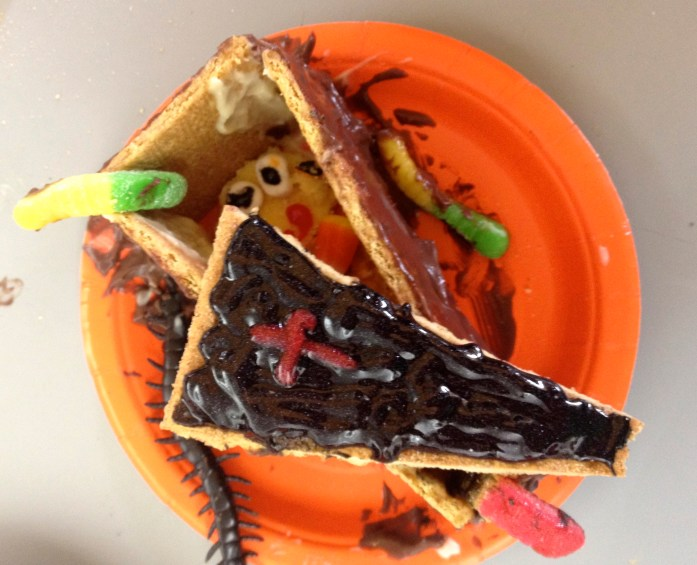 Edible Candy Sculptures for Halloween 7