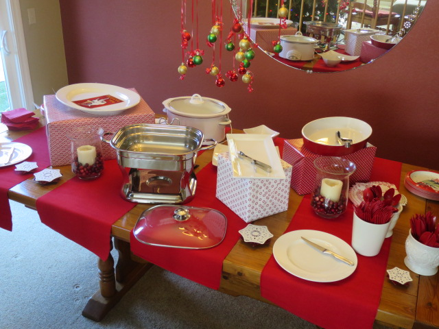 How to set up a Christmas Buffet & How to Set up a Christmas Buffet Table