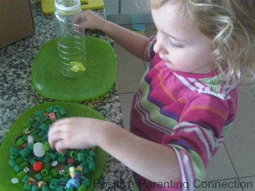 Independent Play: Using Play Invitations To Encourage Imagination and Learning