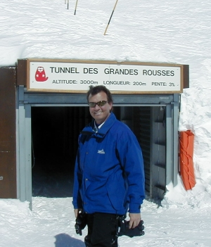 The entrance to Le Tunnel