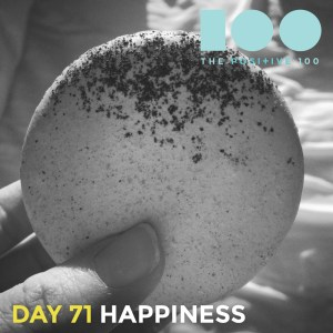 Nothing says happiness like a macaron, one O, 2 layers of perfection.