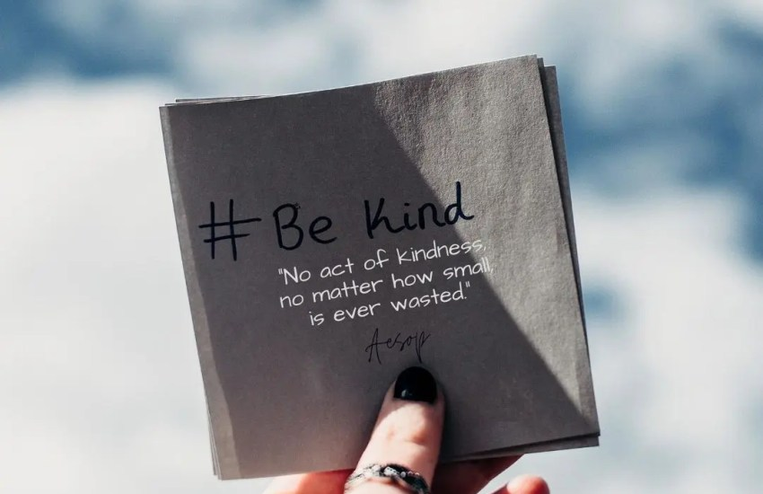 No act of kindness, no matter how small, is ever wasted. Aesop quote via positivity blossoms image