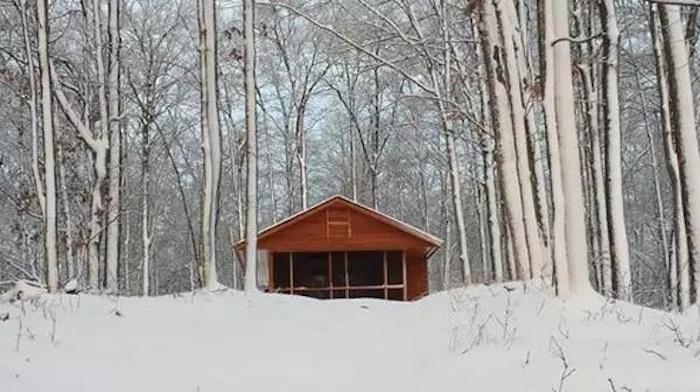 escape-wood-cabin-13