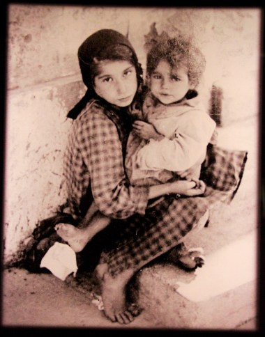 auschwitz-children-1