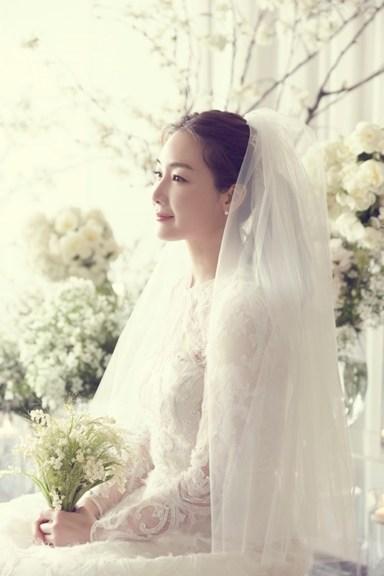 결혼' 최지우, 전세계 하나뿐인 웨딩드레스 입었다 : 네이버 포스트