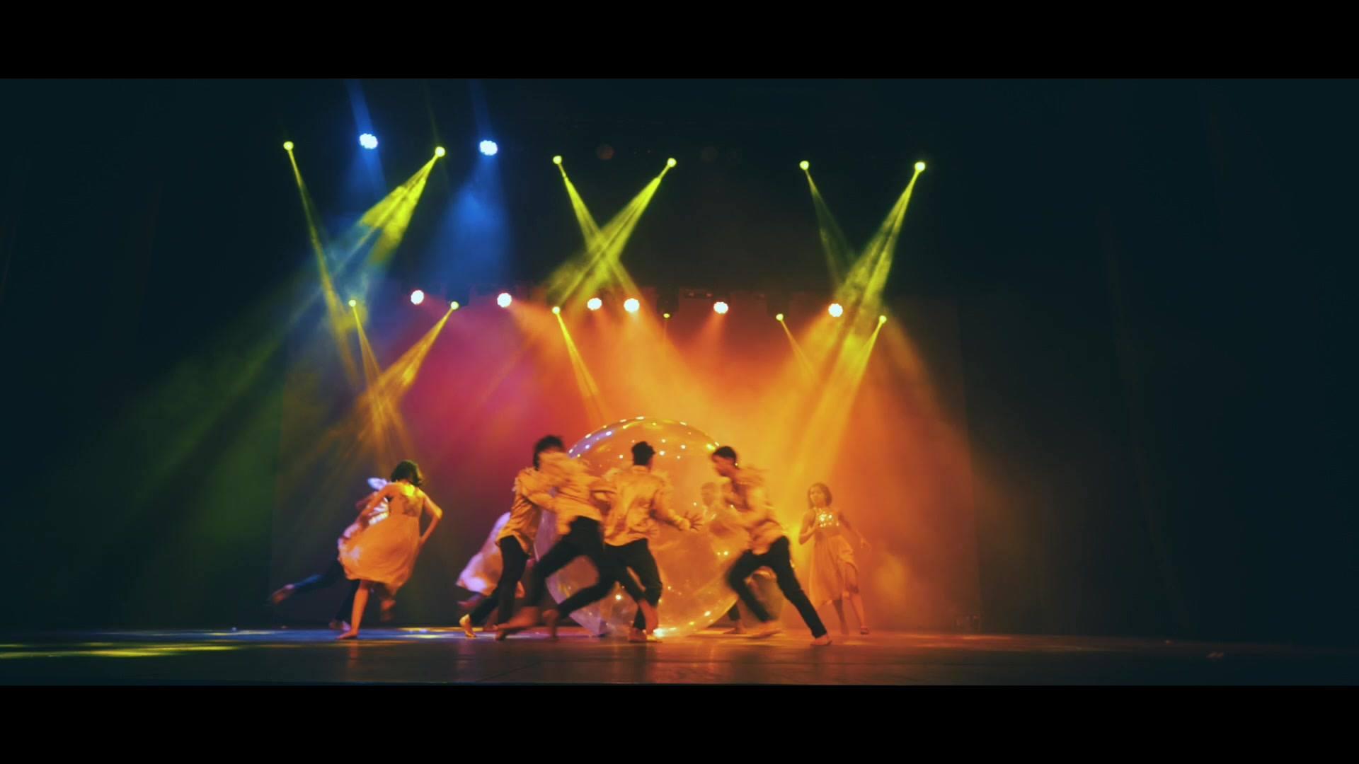 Apresentação Maravilhosa De Grupo De Dança, Vale A Pena Conferir!!!