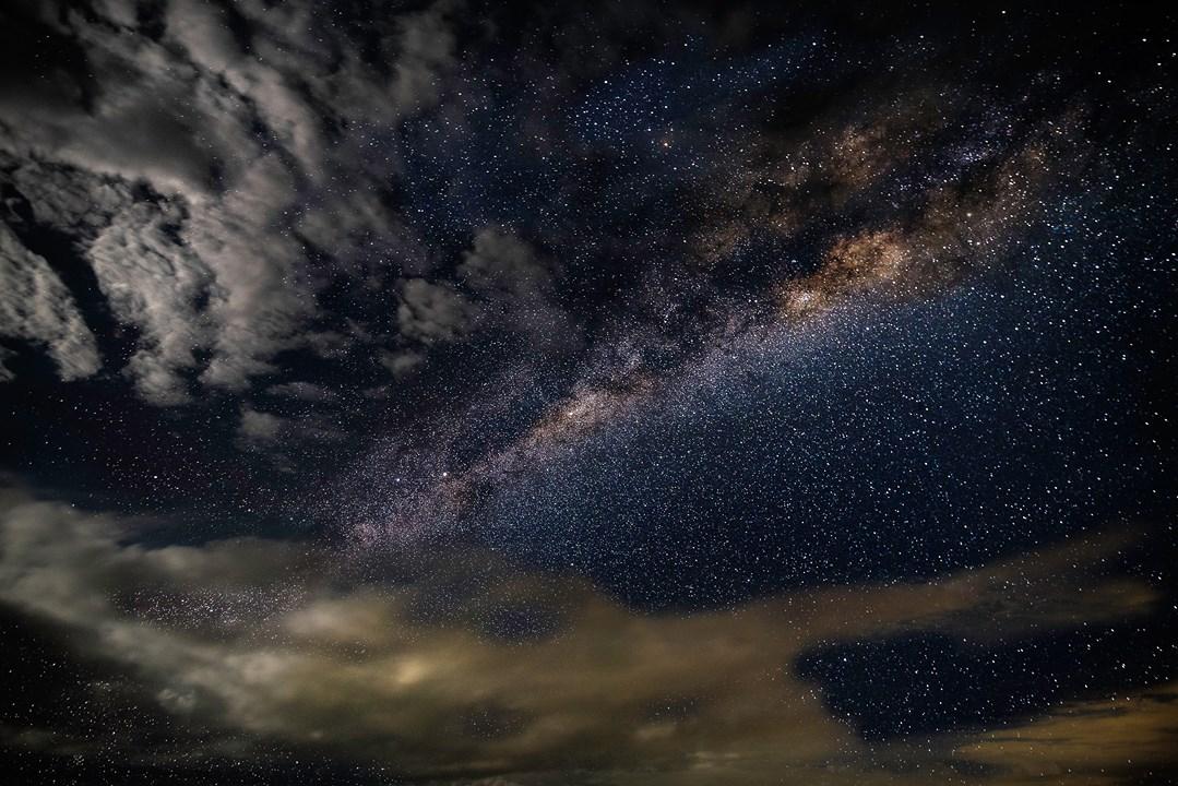 Que Deus Abençoe Sua Noite Com Sonhos Lindos!
