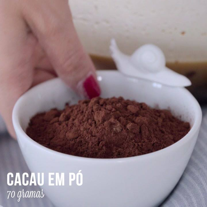 Bolo De Chocolate Com Calda De Ameixa, Tudo Na Medida Certa!